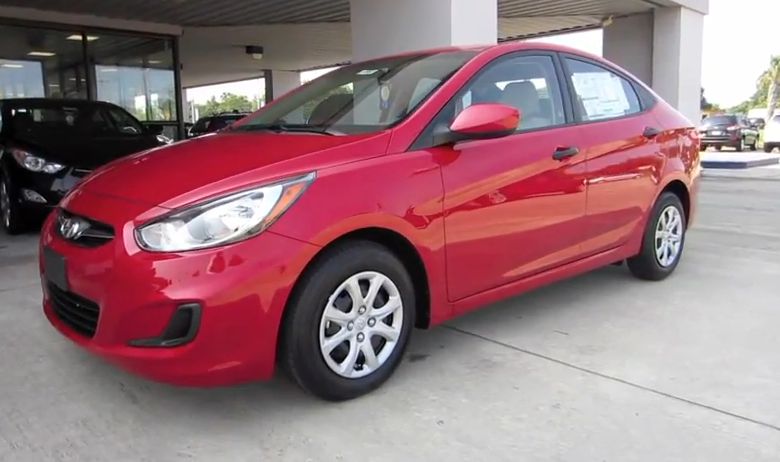 2012 Hyundai Accent GLS  Video: 2012 Hyundai Accent Sedan GLS Tour.