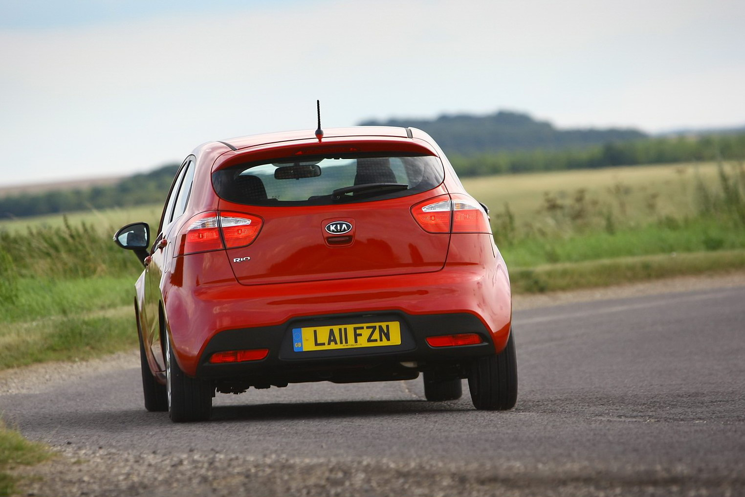 2012 Kia Rio UK 16 UK: The new Kia Rio starting at £10,595.