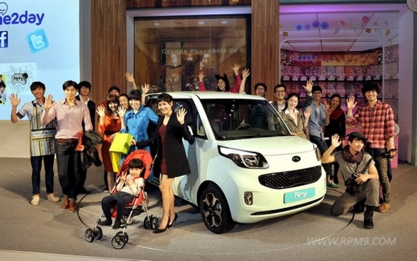 12280 27716 450 Official debut of the 2012 Kia Ray in South Korea.