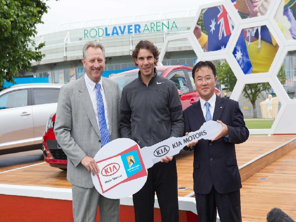 225598 KIA Motors moves the 2012 Australian Open tennis tournament