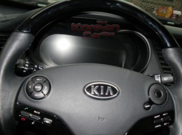 2012-kia-k9-interior-revealed-2.png