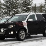 2013 kia sorento facelift caught winter 150x150 Scooped: 2013 Kia Sorento facelift caught testing in the winter.