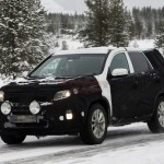 2013 kia sorento facelift caught winter 2 150x150 Scooped: 2013 Kia Sorento facelift caught testing in the winter.