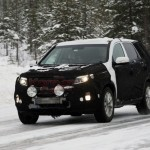 2013 kia sorento facelift caught winter 3 150x150 Scooped: 2013 Kia Sorento facelift caught testing in the winter.