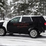 2013 kia sorento facelift caught winter 4 150x150 Scooped: 2013 Kia Sorento facelift caught testing in the winter.