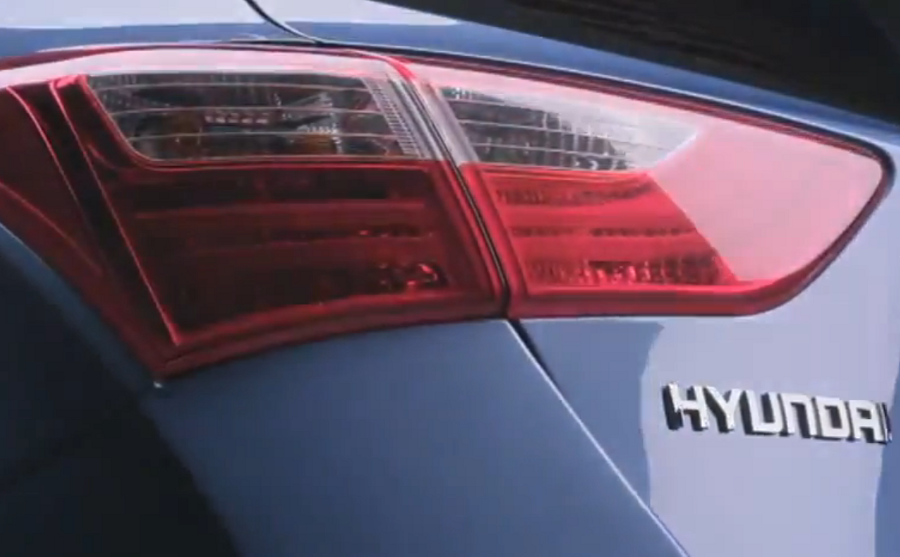 Screenshot at 2012 02 04 171142 Video: 2012 European Hyundai i30 commercial.