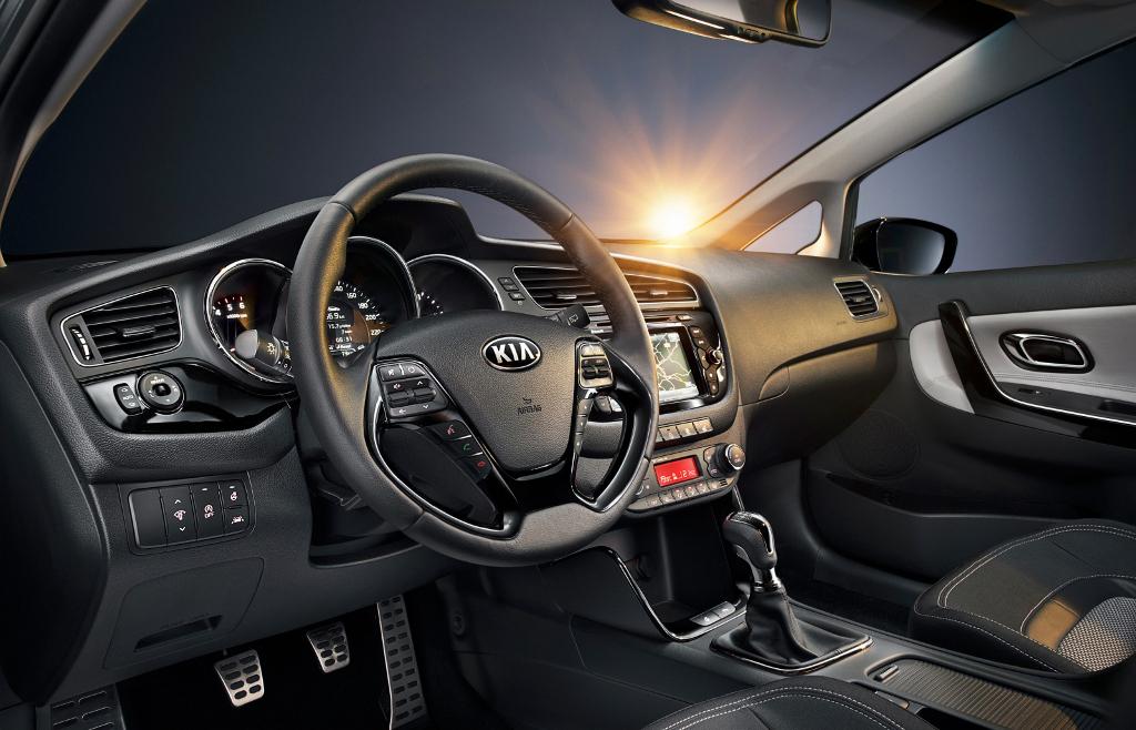 kia ceed02 2012 Geneva Autoshow: All details about the next Kia ceed.