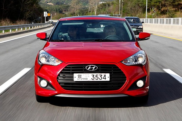 hyundai veloster turbo by drive magazine w video the korean car blog. Black Bedroom Furniture Sets. Home Design Ideas