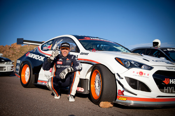IMG 5414 web grande Rhys Millen Sets New World Record at Pikes Peak with the Genesis Coupe Racer