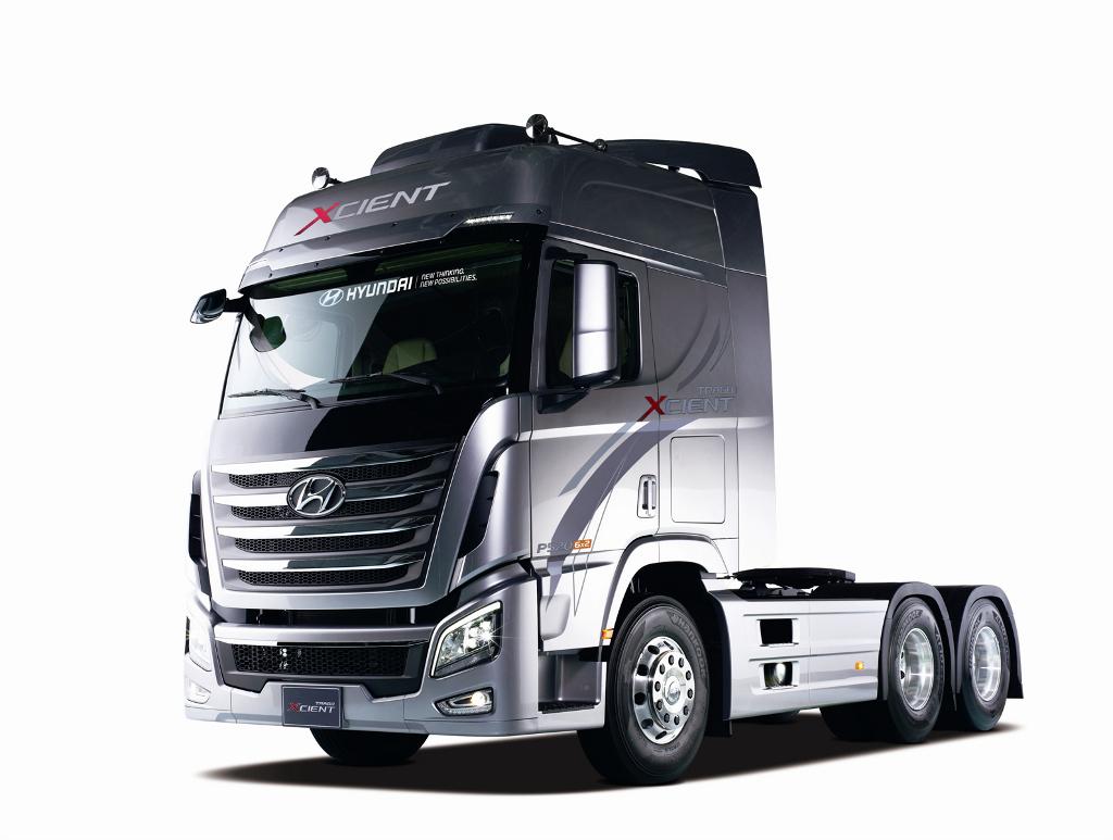 2013 seoul motorshow hyundai reveals heavy duty truck xcient the korean car blog. Black Bedroom Furniture Sets. Home Design Ideas