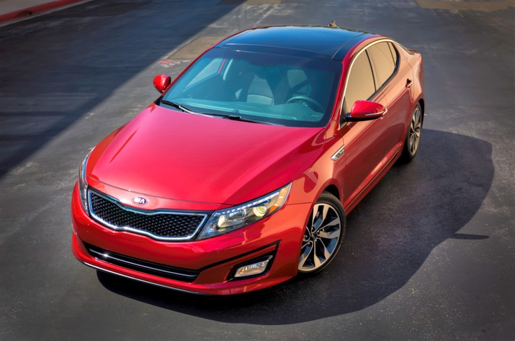 5719 1 2 2013 New York AutoShow: The refreshed 2014 Kia Optima