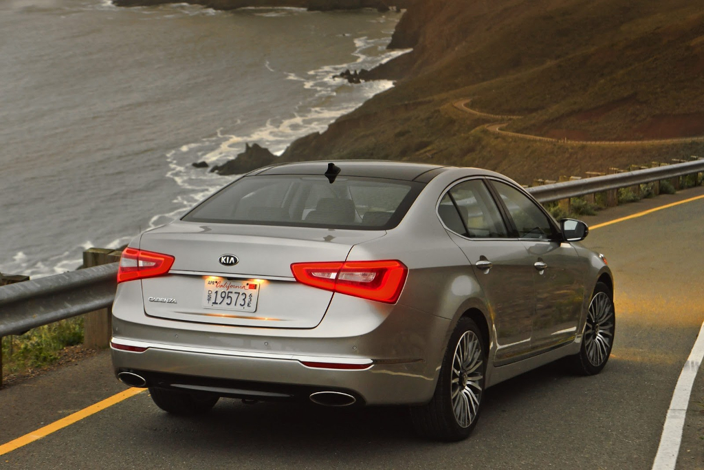 2014 Kia Cadenza Kia Offering Free Maintenance Program for the 2014 Cadenza
