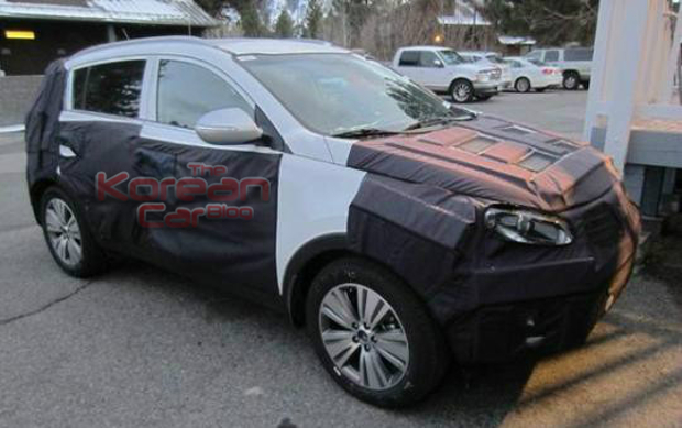 kia sportage facelift front Scooped: 2014 Kia Sportage continues his development
