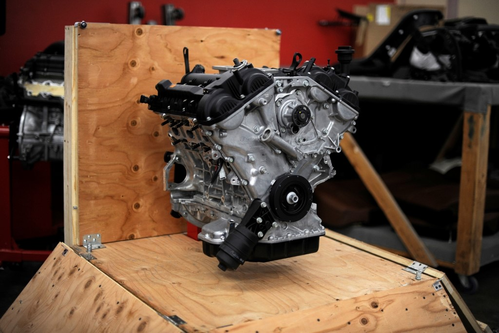 Hyundai Announces 20 Turbo And 38 V6 Crate Engine Program At