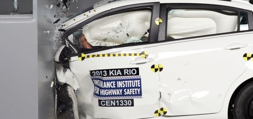 2013-kia-rio-small-overlap-crash-test-4
