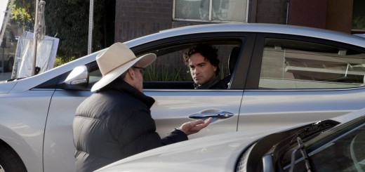 2014-hyundai-elantra-superbowl-ad-with-johnny-galecki