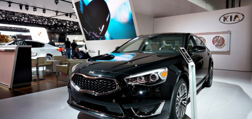 2014-kia-cadenza-wins-international-car-of-the-year (10)