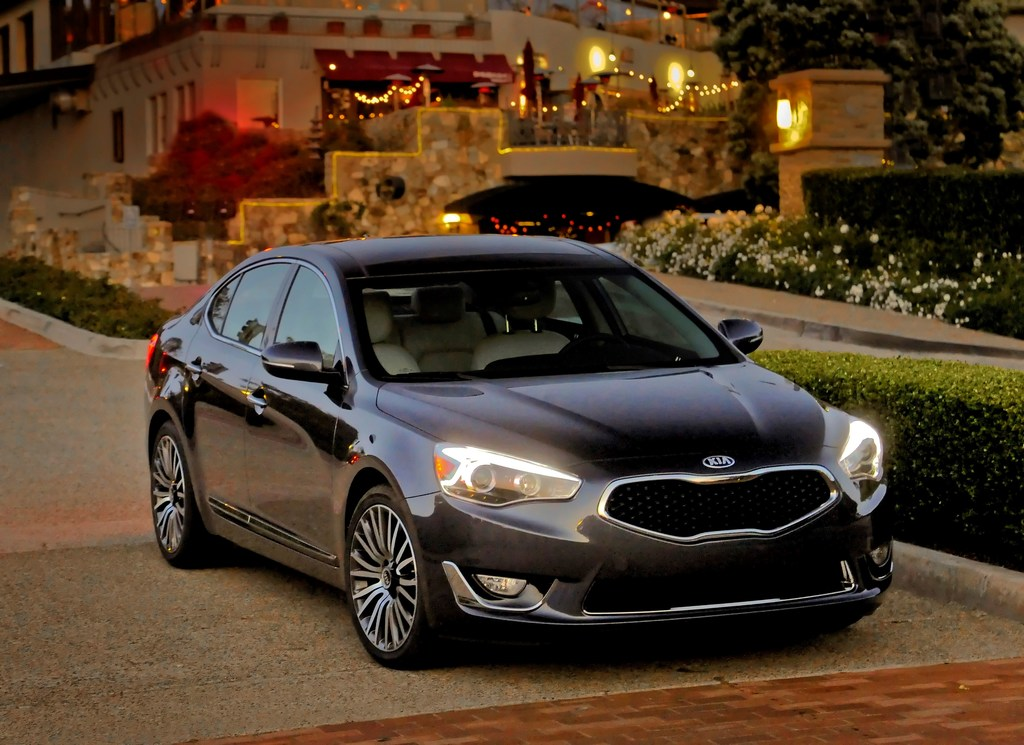 2014 Kia Cadenza named 'International Car of the Year ...