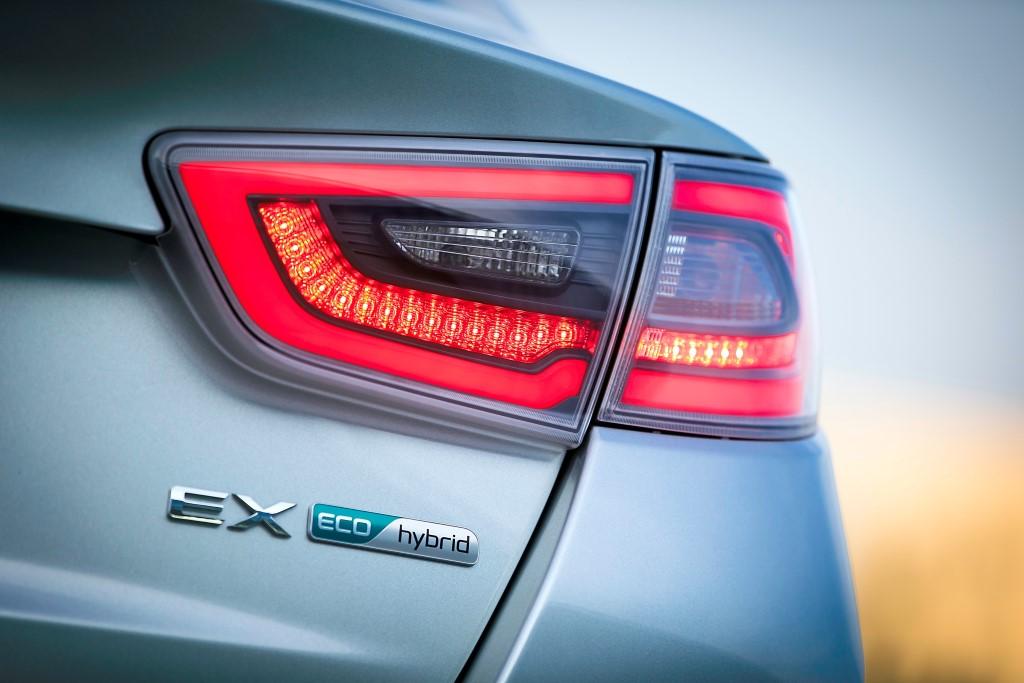 2014-kia-optima-hybrid-chicago-auto-show-us-market (26)