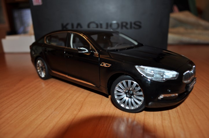 Join Us and Win a Kia Quoris Diecast 1:18 Thanks to Kia Motors