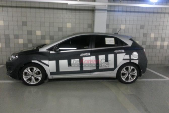 2011 - [Hyundai] i30 II - Page 5 Scooped-hyundai-i30-elantragt-camouflage-3
