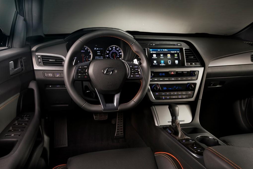 Hyundai Sonata Conservative Look Return Slow Sales The