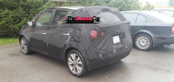 2015-kia-venga-facelift-scooped-thekoreancarblog (1)