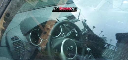 2015-kia-venga-facelift-scooped-thekoreancarblog (3)