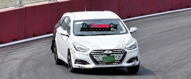 hyundai-i40-facelift-scooped-undisguised-1