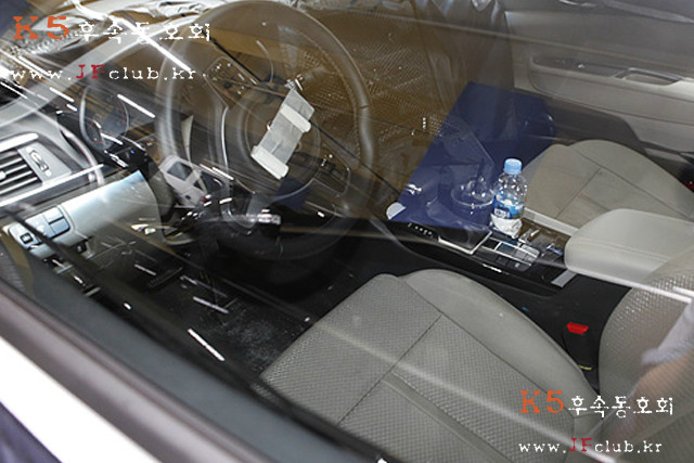 2016-kia-optima-interior-scooped-south-korea (3)