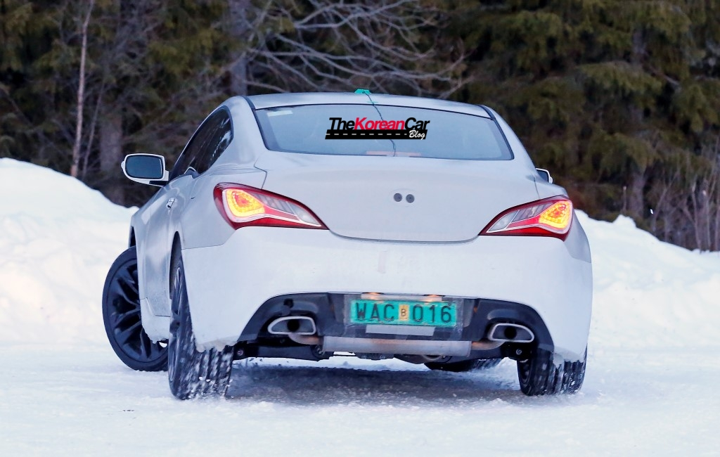 2017-hyundai-genesis-test-mule-spied-in-sweden (9)