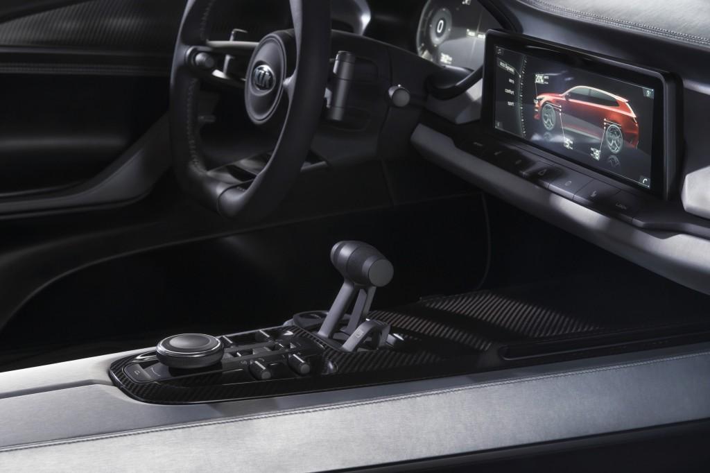 kia-sportspace-geneva-concept-optima-wagon (6)