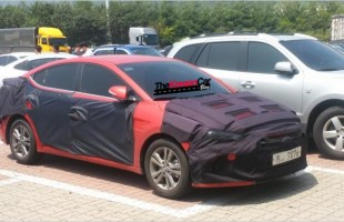 2016 hyundai elantra spotted in South Korea (1)