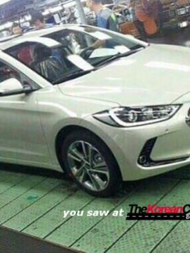 2017 hyundai elantra spotted inside the factory (2)