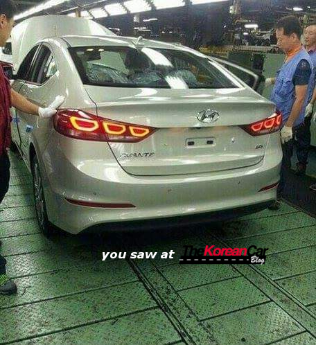 2017 hyundai elantra spotted inside the factory (3)