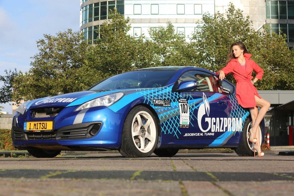 interview tatiana genesis coupe race car thekoreancarblog (6)