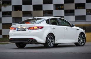 2016 Kia Optima Germany (16)
