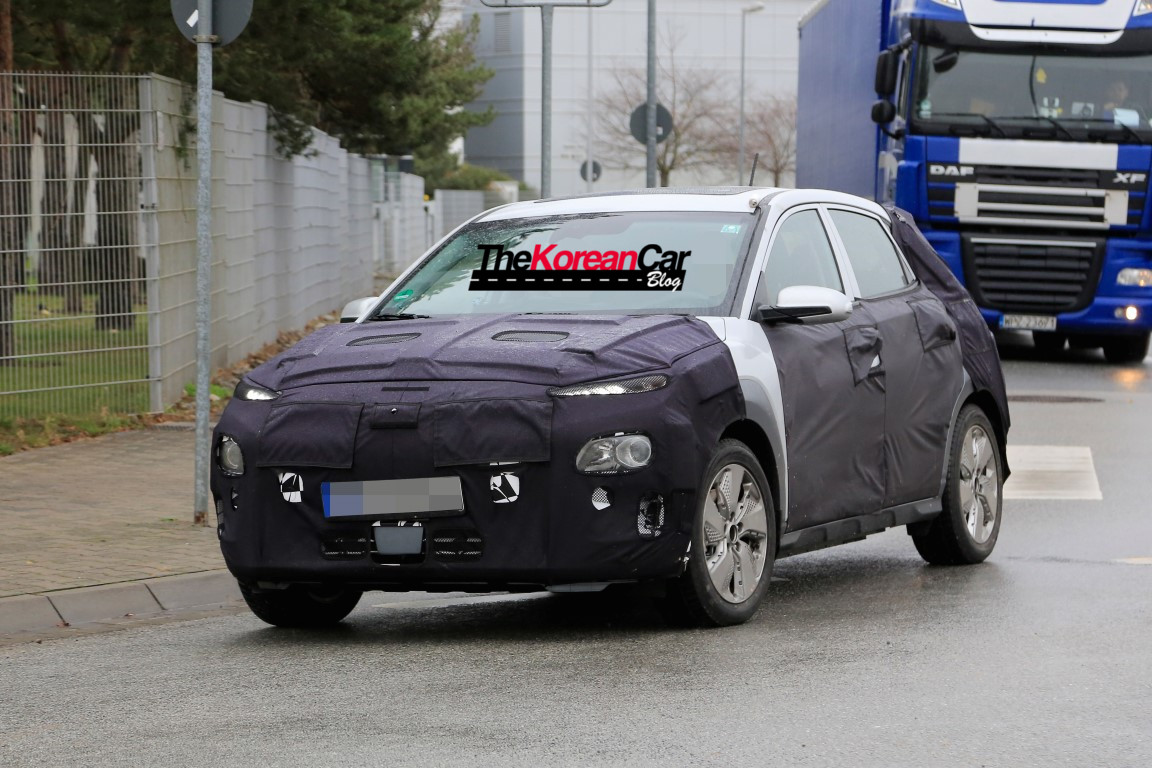 hyundai kona ev spied 5 the korean car blog. Black Bedroom Furniture Sets. Home Design Ideas