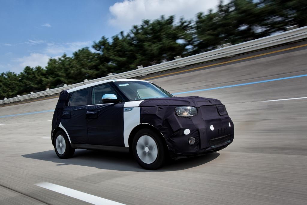 kia-soul-ev-electric-vehicle-4