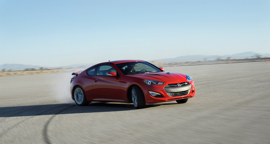 2014-hyundai-genesis-coupe-receive-updates-us-market (38)
