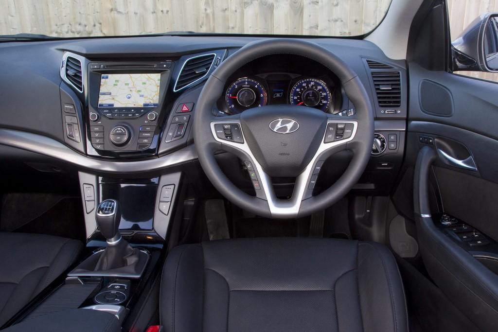 hyundai-i40-interior