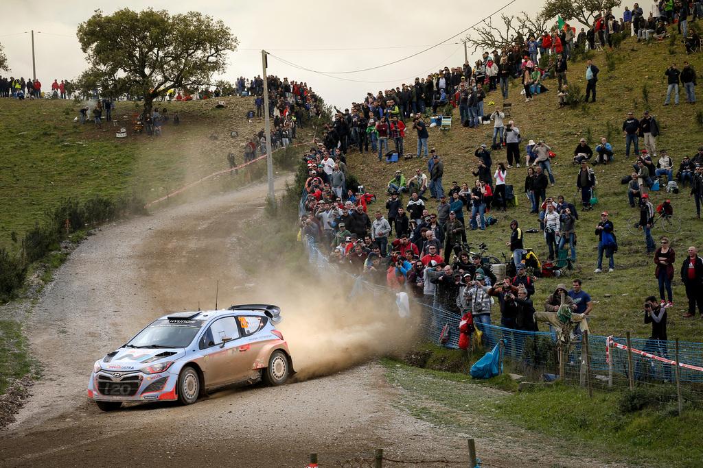 hyundai-wrc-team-rally-portugal-i20wrc-3