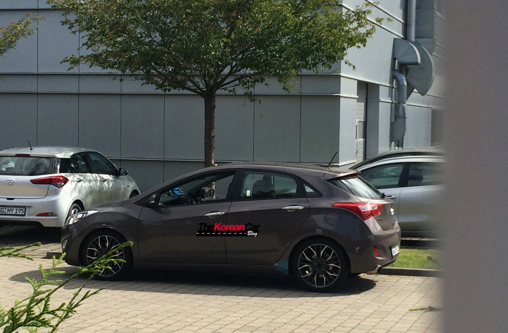 "Scooped: 2015 Hyundai i30 ""N"" Performance Model Caught Undisguised"