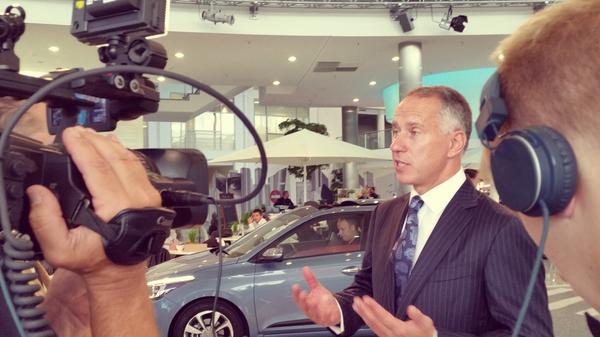 Follow Hyundai Press Conference at 2014 Paris Motor Show (October 2 – 1:45 pm GMT) at TheKCB