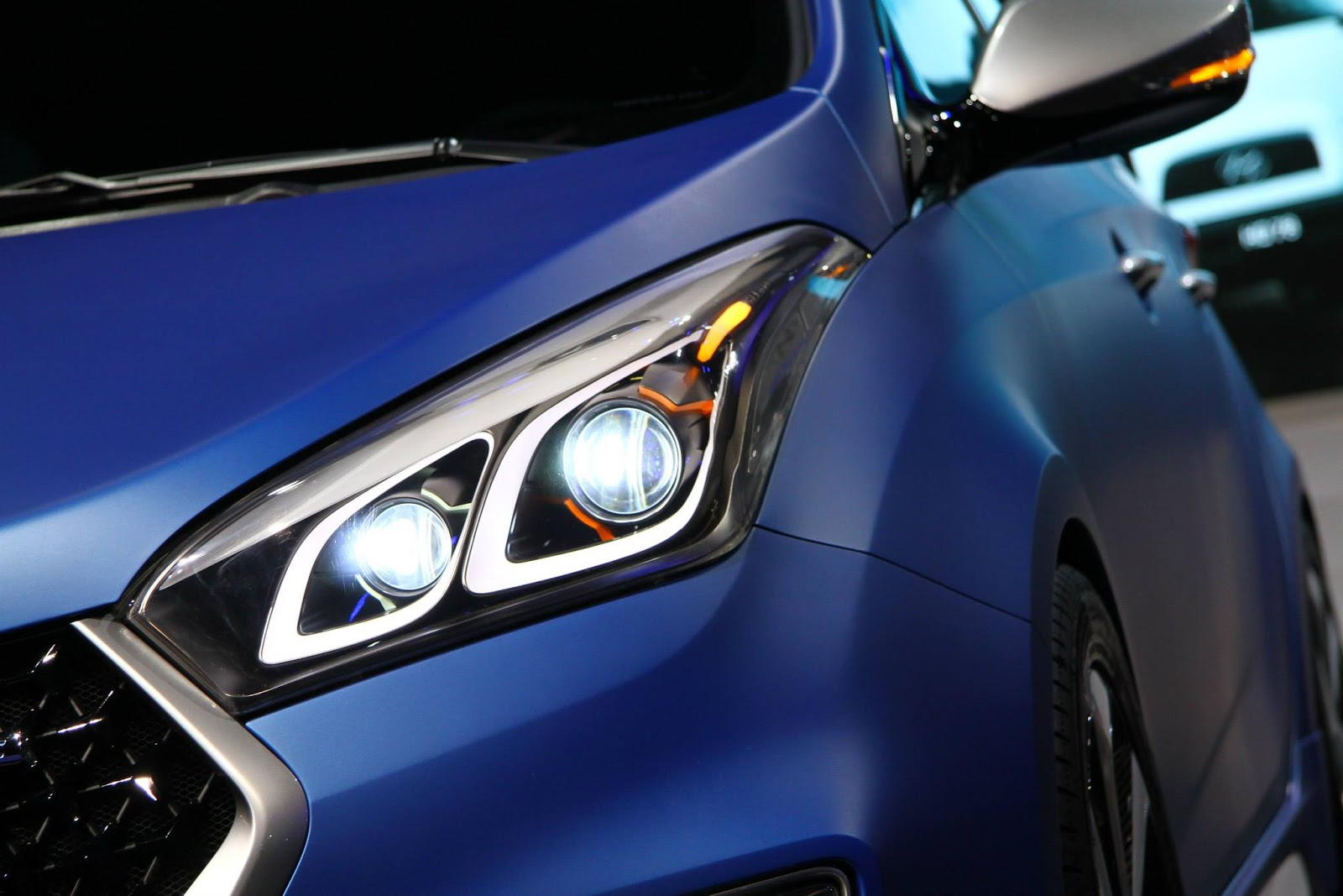 Hyundai Debuts Hb20 R Spec Concept Sporty Hatch At Sao