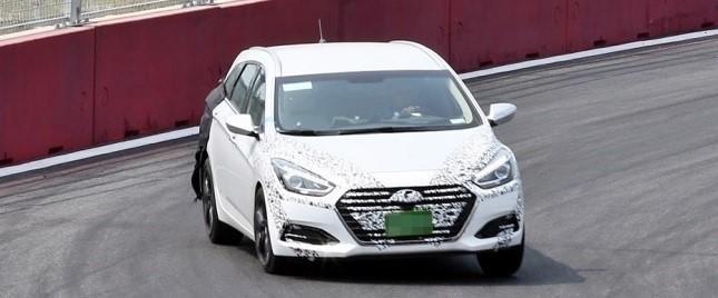 hyundai-i40-facelift-scooped-undisguised (1)