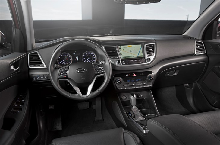 2016-hyundai-tucson-usa-model-13.jpg