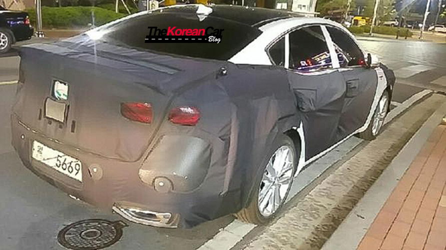 2016-kia-k7-spotted-south-korea (5)