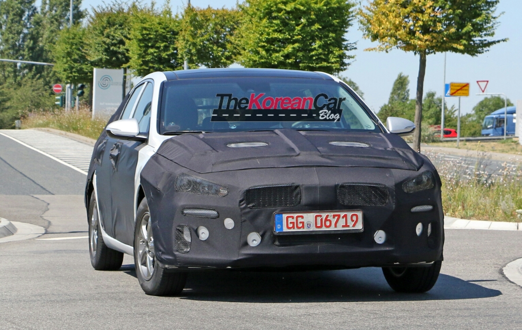 Next generation Hyundai i30 Spotted in Europe