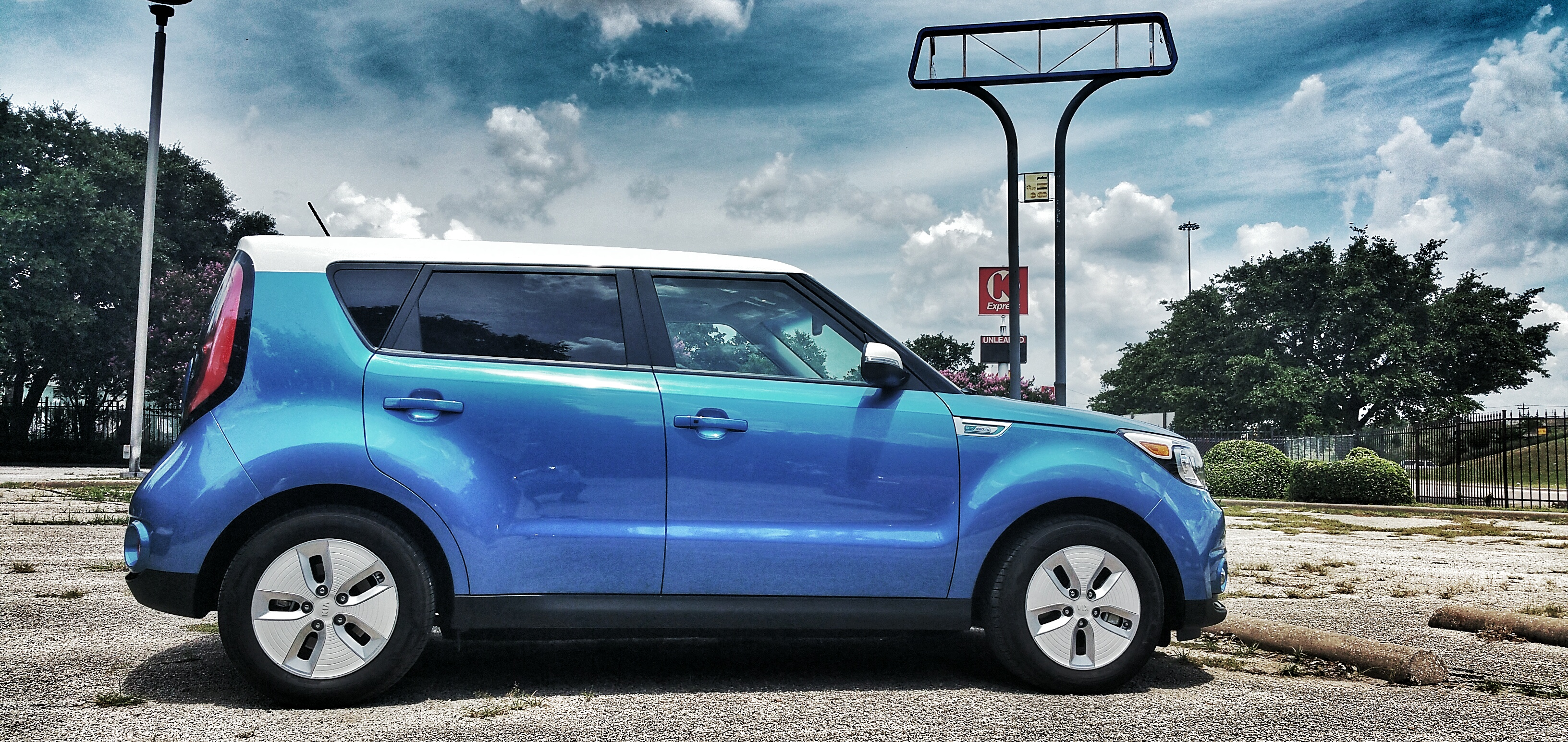 Review: 2015 Kia Soul EV US-spec